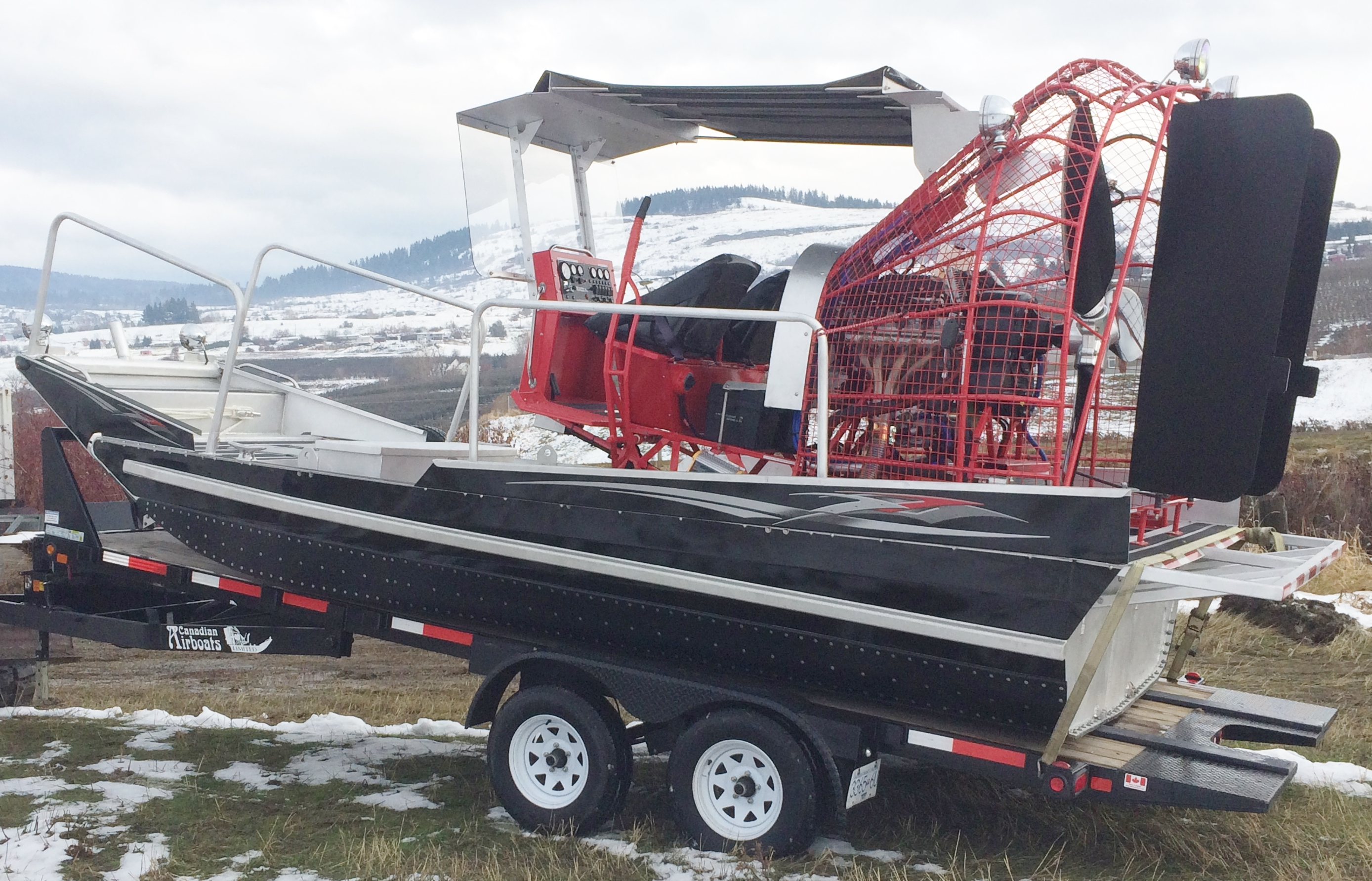 18 x 8 LSA S charged with Canopy & Canadian Airboats Photo Gallery 4